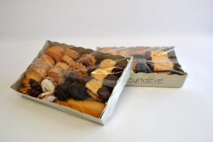 assortiment huisgemaakte koekjes