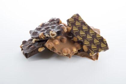 breekchocolade met geroosterde hazelnoten uit de Piemonte